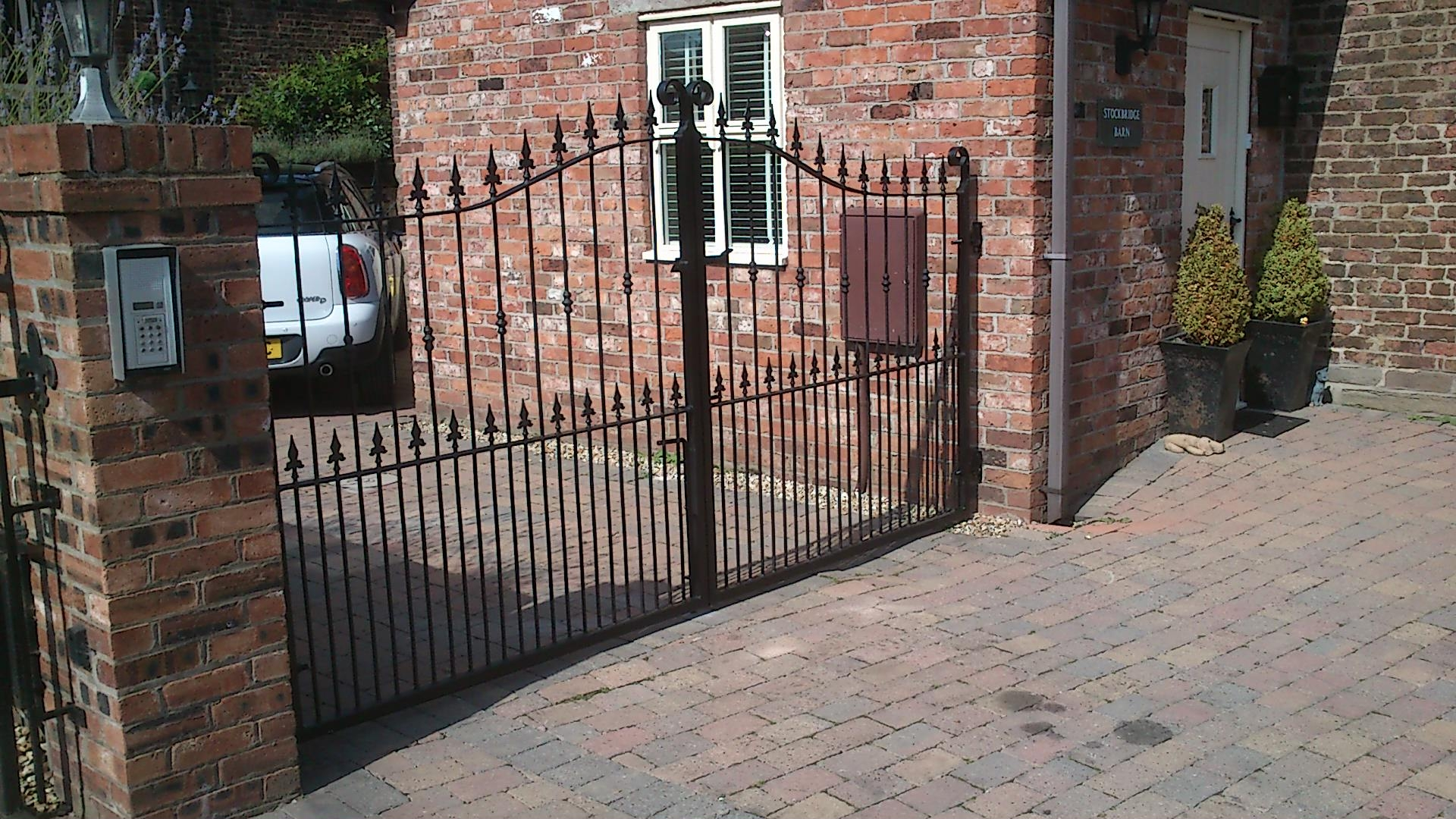 Gates And Railings Preston Iron Gate Co Gates Preston